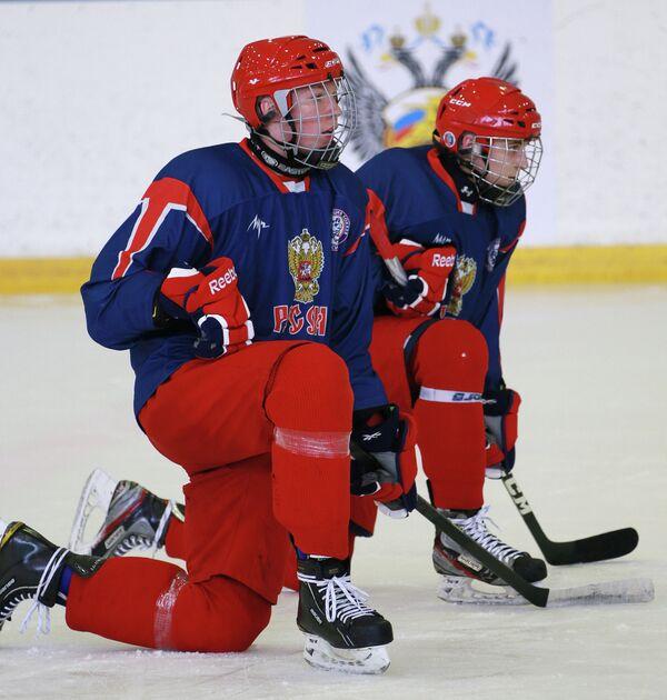 Владислав Гавриков (слева) и Вячеслав Лещенко