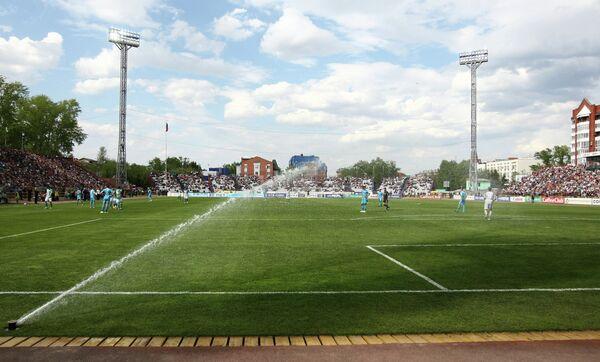 Стадион Труд во время матча 10-го тура чемпионата России по футболу