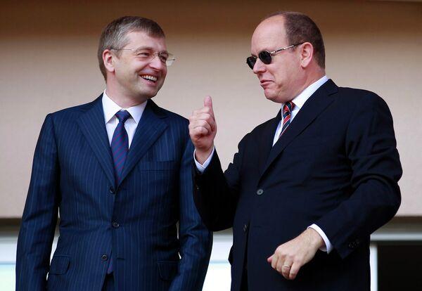 Принц Монако Альберт II с владельцем ФК Монако Дмитрием Рыболовлевым из России