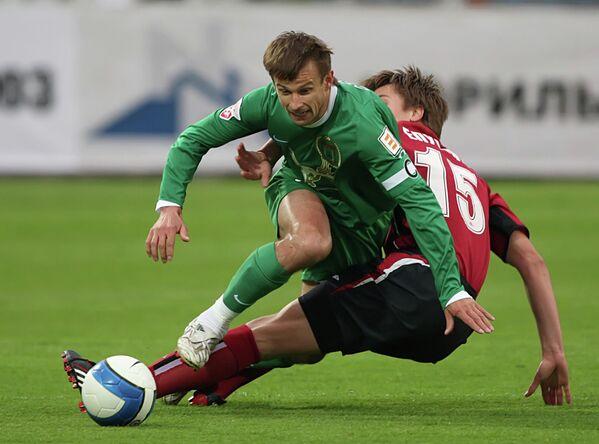 Сергей Семак (в зеленом) и Александр Епуряну