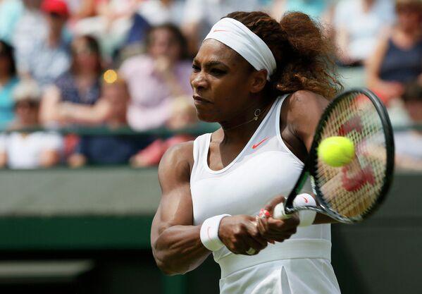 Серена Уильямс в победном матче против Каролин Гарсии