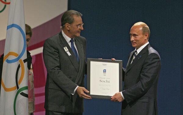 Жак Рогге и Владимир Путин (слева направо)