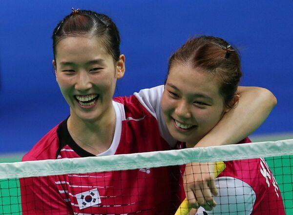 Корейские спортсменки Е На Чанг и Со Йонг Ким