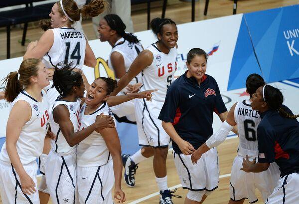 Баскетболистки студенческой сборной США
