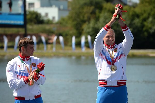 Универсиада. Гребля на байдарках и каноэ. Мужчины. Каноэ двойка. 200 м. Церемония награждения