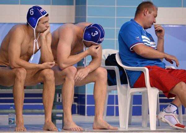 Ватерполисты сборной России Артем Ашаев и Артем Одинцов (слева направо)