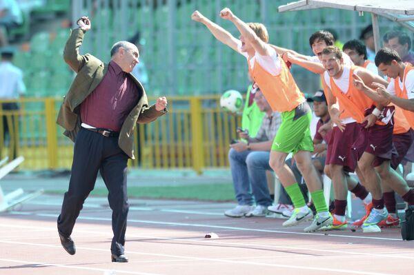 Главный тренер Рубина Курбан Бердыев