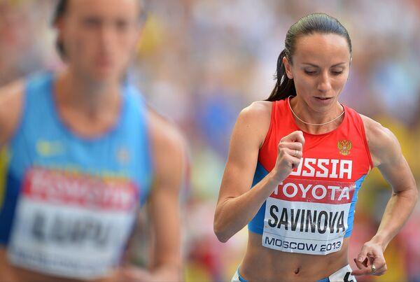 Мария Савинова (Россия) в финальном забеге на 800 м среди женщин