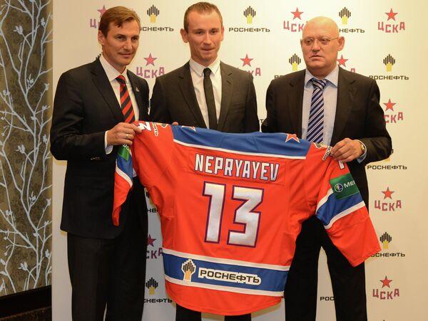 Сергей Федоров, Иван Непряев и Владимир Петров (слева направо)