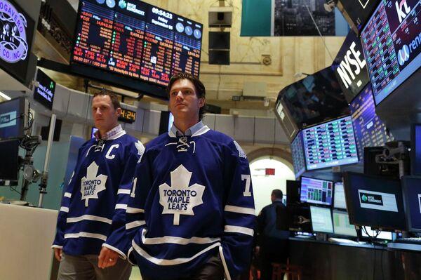 Хоккеисты Торонто Дион Фанёф и Дэвид Кларксон (слева направо)