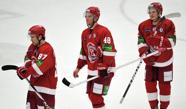 Игроки Витязя Ярослав Туляков, Александр Романов и Роман Таталин (слева направо)