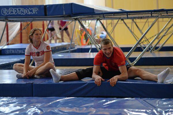 Российские спортсмены Алина Гриднева и Илья Буров