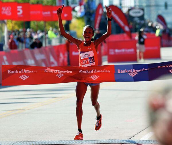 Победительница чикагского марафона - Рите Джепту