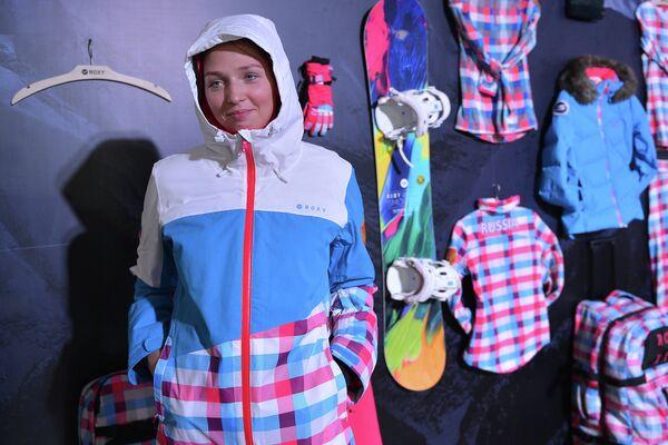 Российская сноубордистка Алена Заварзина.