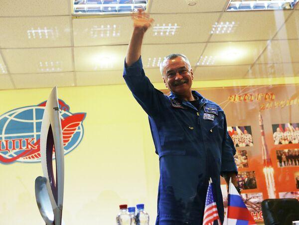 Член основного экипажа пилотируемого космического корабля Союз ТМА-11М космонавт Роскосмоса Михаил Тюрин