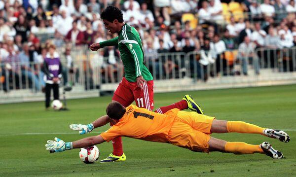 Игровой момент матча Новая Зеландия - Мексика