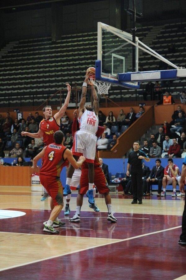 Баскетболисты екатеринбургского Урала