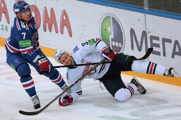 Дмитрий Калинин (слева) и Тим Брент