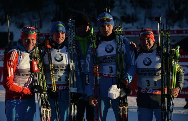 Российские биатлонисты Иван Черезов, Александр Логинов, Антон Шипулин, Евгений Гараничев (слева направо)