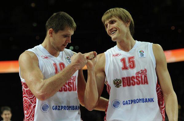 Виктор Хряпа и Андрей Кириленко (слева направо)