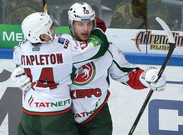 Тим Стэплтон (слева) и Михаил Варнаков