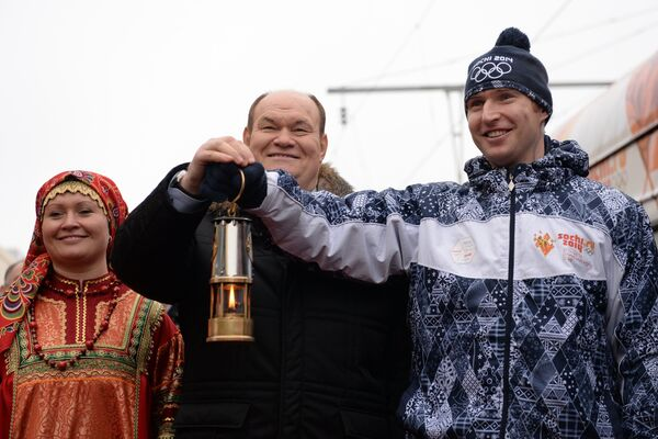 Губернатор Пензенской области Василий Бочкарев (в центре)