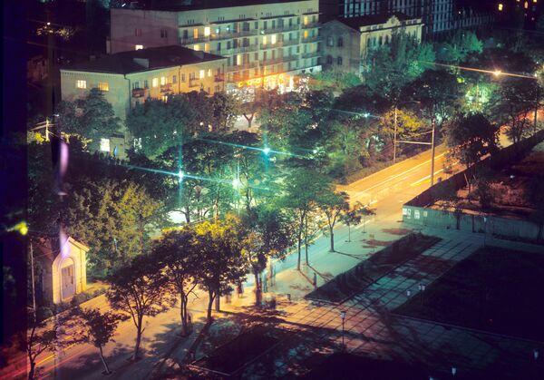 Вид на ночную Махачкалу. Архив