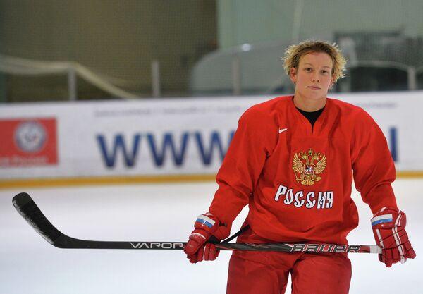Нападающий Екатерина Смолина женской сборной по хоккею