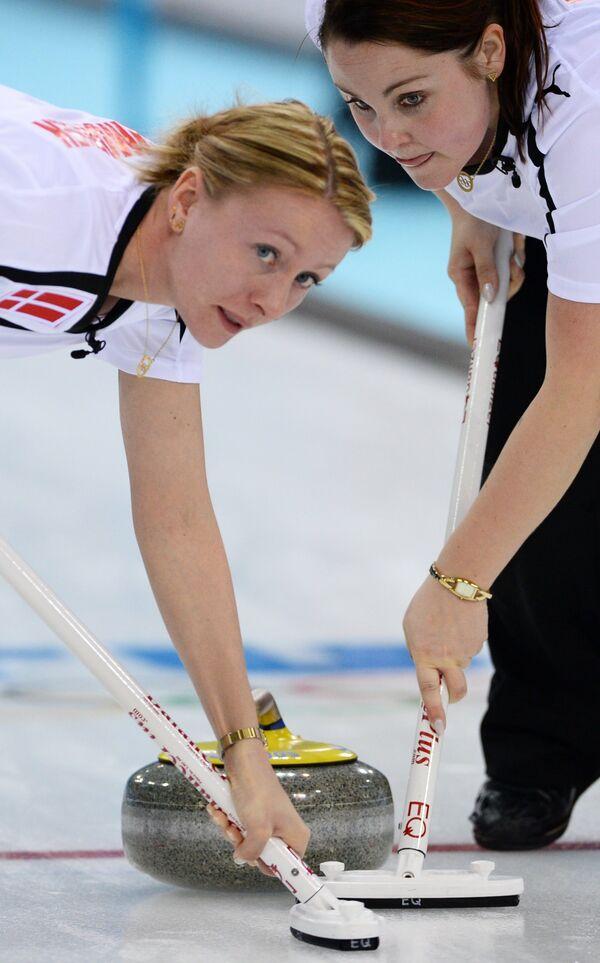 Слева направо: Хелле Симонсен (Дания) и Мария Поульсен (Дания)