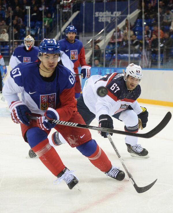 Игровой момент матча США - Чехия