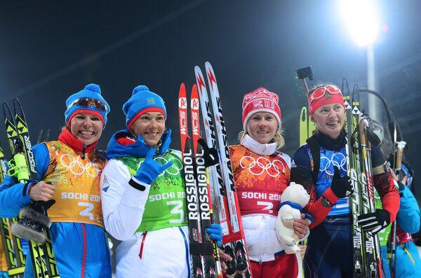 Сборная России по биатлону, выигравшая серебро в эстафете на Олимпийских играх в Сочи