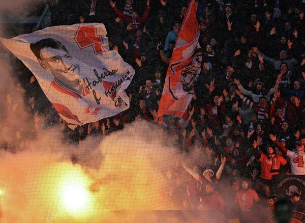 Болельщики Спартака на трибуне во время матча 21-го тура против Анжи