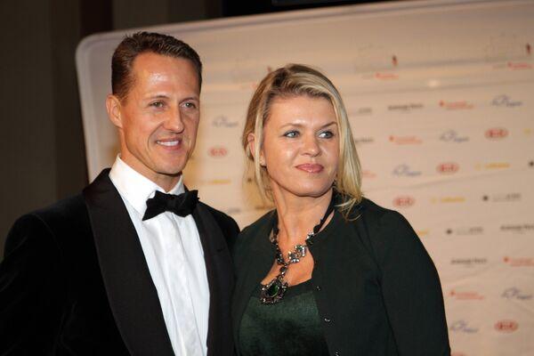 Михаэль Шумахер со своей женой Коринной Шумахер