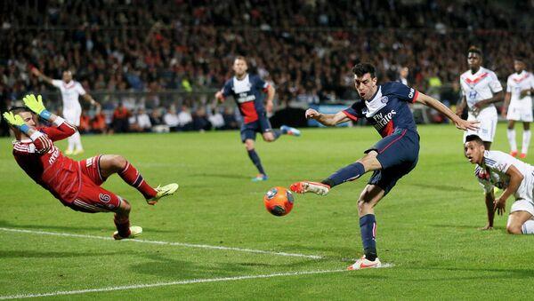 Футболисты Пари Сен-Жермен в четвертый раз в своей истории стали обладателями Кубка французской лиги, обыграв в финале Лион.