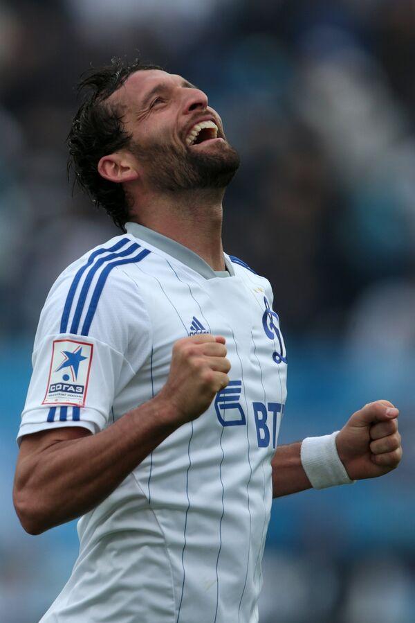 Нападающий ФК Динамо Кевин Кураньи радуется забитому голу в ворота Зенита