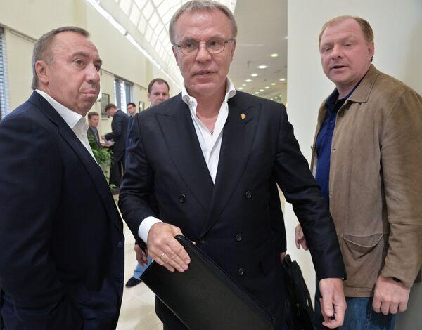 Вячеслав Фетисов, Андрей Сафронов и Алексей Жамнов (слева направо)