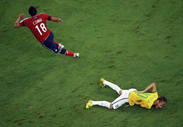 Бразильский форвард Неймар, получивший травму.
