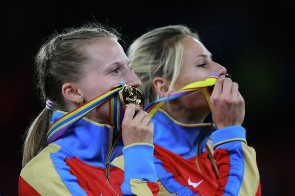 Анжелика Сидорова и Ангелина Жук-Краснова (слева направо)
