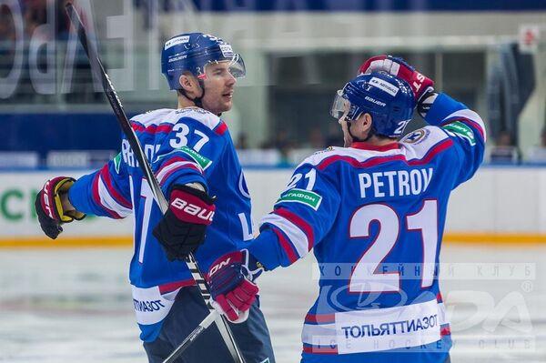 Хоккеисты Лады Петер Подградски и Юрий Петров