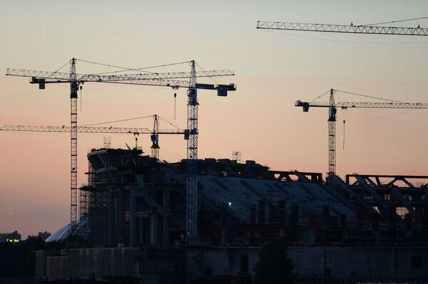 Строительство футбольного стадиона Зенит-Арена на Крестовском острове в Санкт-Петербурге