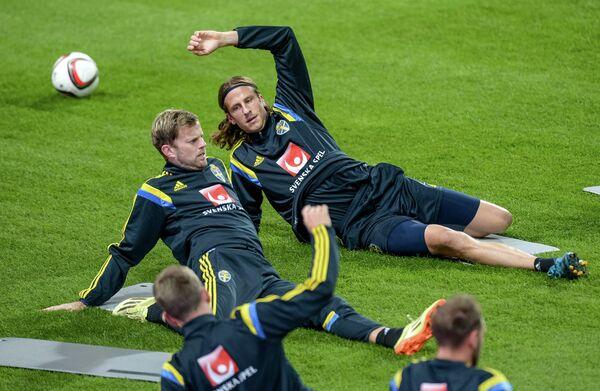 Футбол. Тренировка сборной Швеции