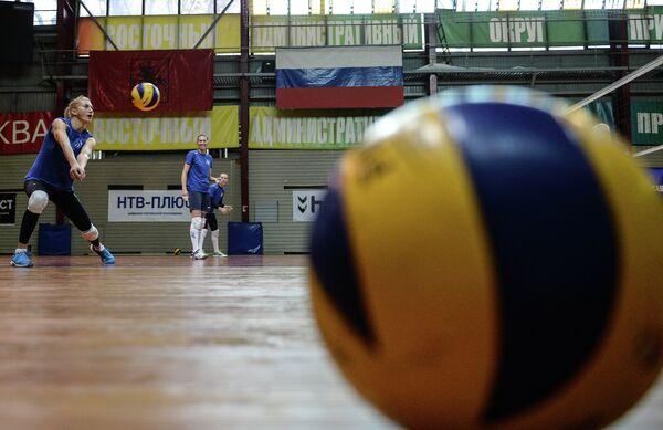 Доигровщица Марина Марченко на открытой тренировке, посвященной представлению ЖВК Динамо (Москва)