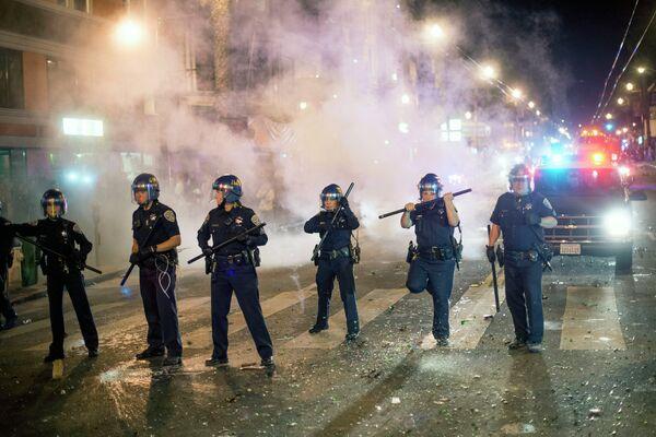 Беспорядки на улицах Сан-Франциско