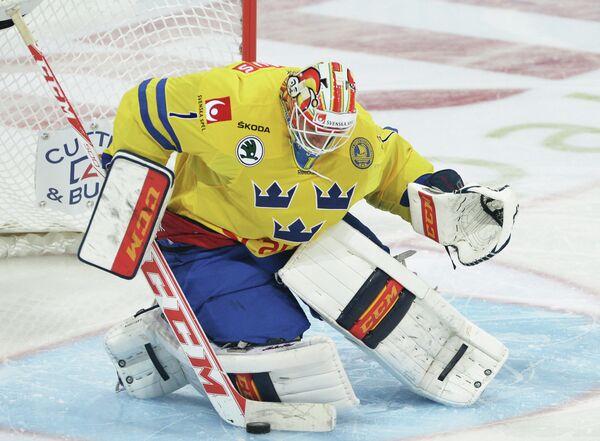 Вратарь сборной Швеции Хенрик Карлссон