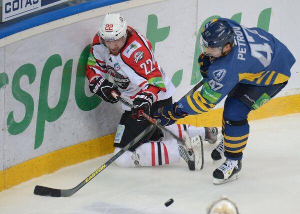 Лукаш Кашпар (слева) и Алексей Петров