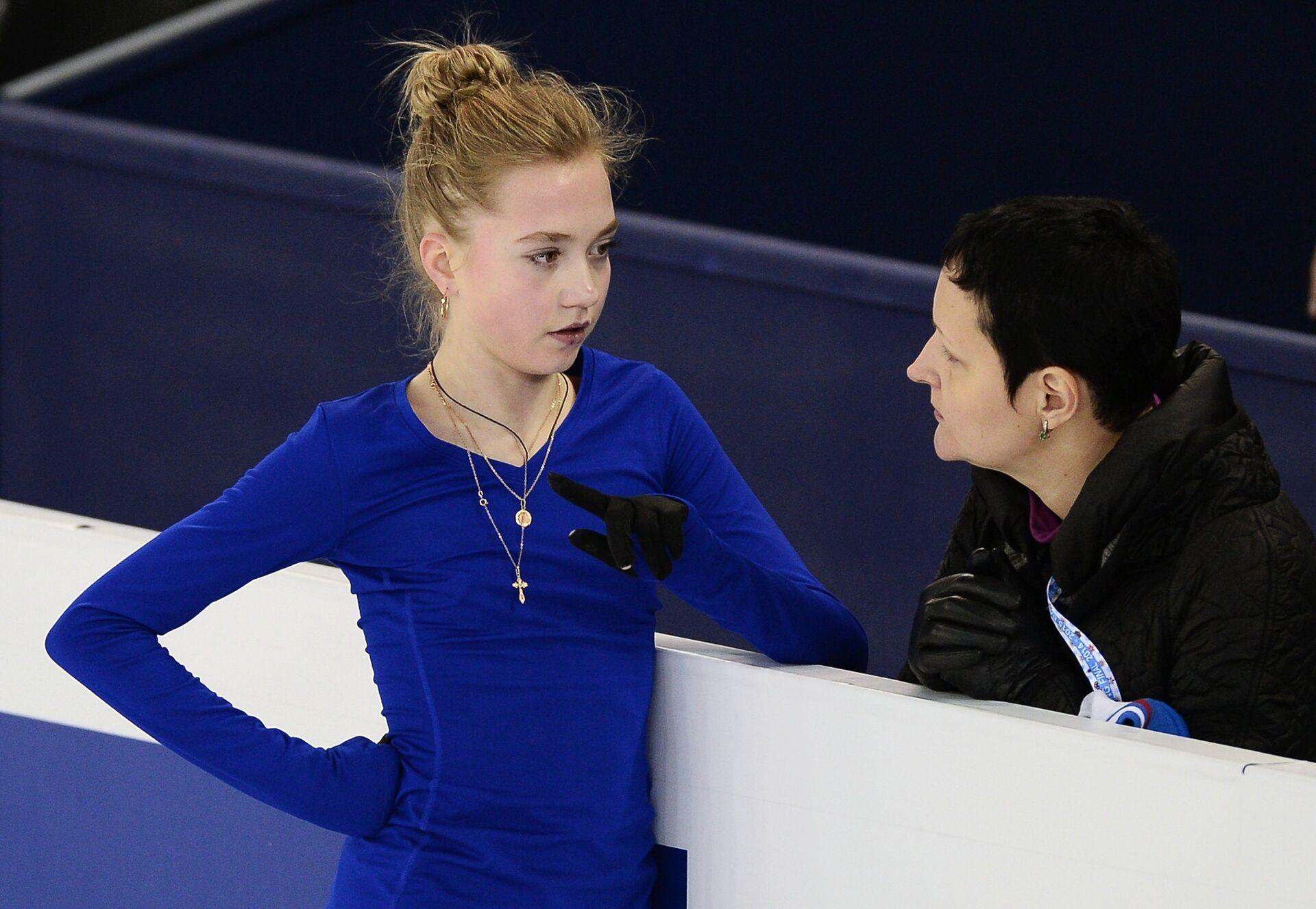 Слева направо: Елена Радионова (Россия) и тренер Инна Гончаренко - РИА Новости, 1920, 22.09.2020