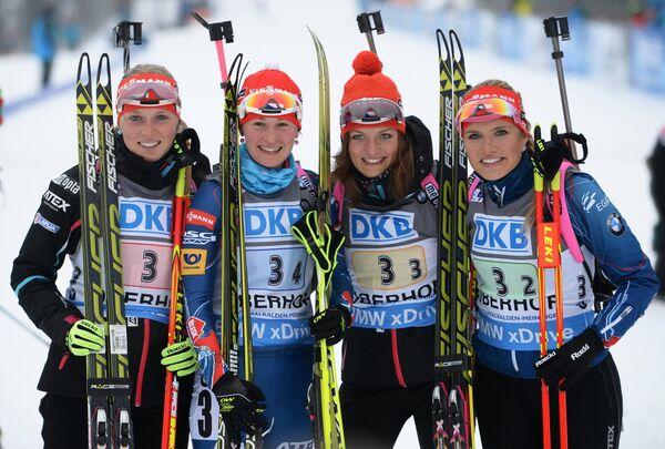 Ева Пускарчикова, Вероника Виткова, Йитка Ландова, Габриэла Соукалова (слева направо)