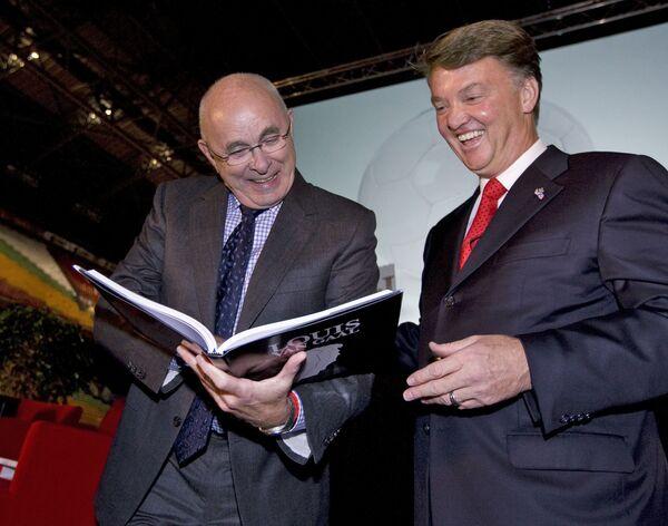 Михаэль ван Прааг (слева) и Луи ван Гал