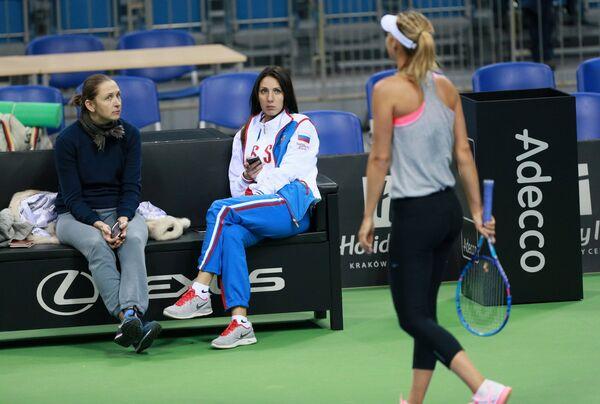 Елена Лиховцева, Анастасия Мыскина и Мария Шарапова (слева направо)