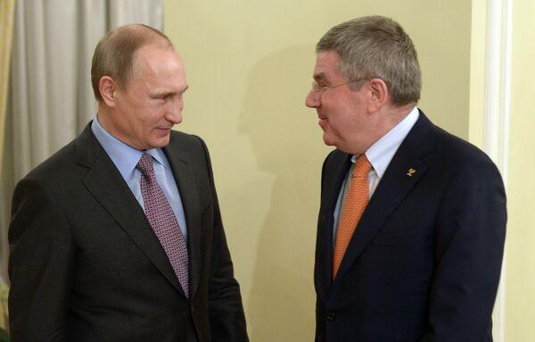 Президент РФ В.Путин провел встречу с президентом МОК Т.Бахом